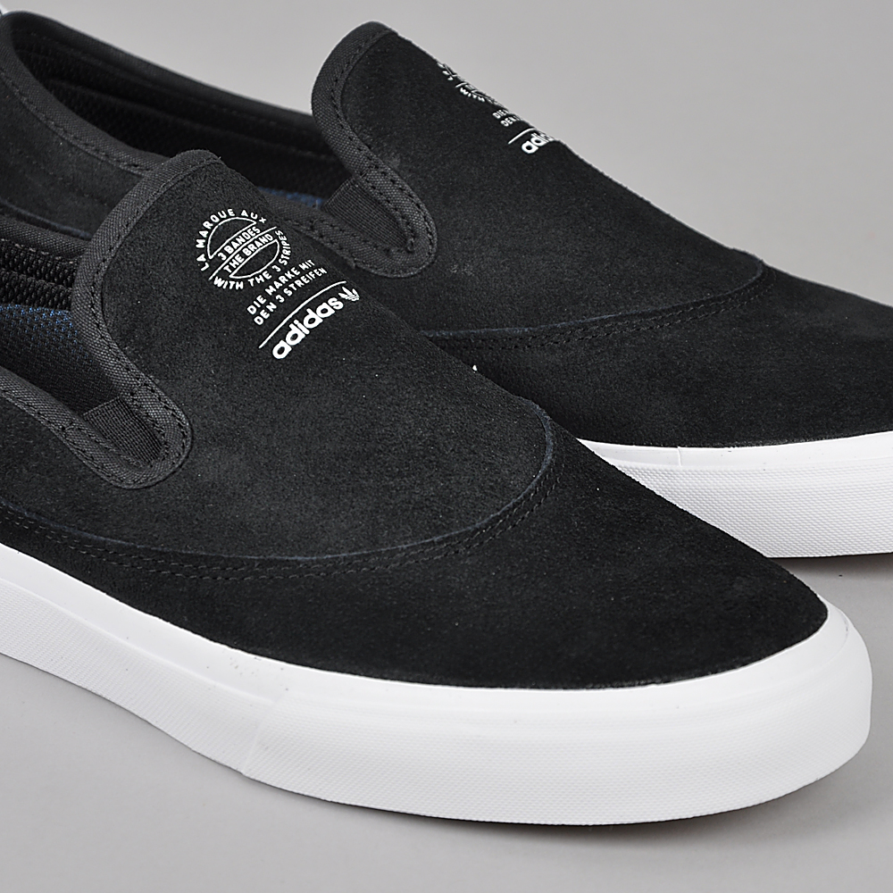 Adidas Matchcourt adidas Matchcourt Slip-on, core black / ftwr white / gum4 | Beyond